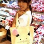 下剋上受験の深田恭子のエプロンや猫トートの衣装ブランドは?