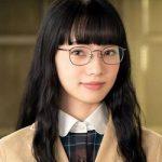 スリル!赤の章警視庁庶務係ヒトミの小松菜奈のメガネや衣装は?